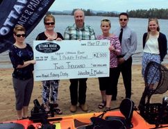Sean Chase/Daily Observer The Upper Ottawa River Kayak Fishing Derby received a huge financial boost with a $2,000 sponsorship from Johnston and Mackie. In the photo are (left to right) Town of Petawawa economic development officer Cyndy Phillips, Johnston and Mackie office manager Donna Roggie, Petawawa parks and recreation manager Kelly Williams, Johnston and Mackie accounts manager Kelly Simon, Johnston and Mackie accounts executive Derek Deruiter and City of Pembroke economic development officer Heather McConnell.