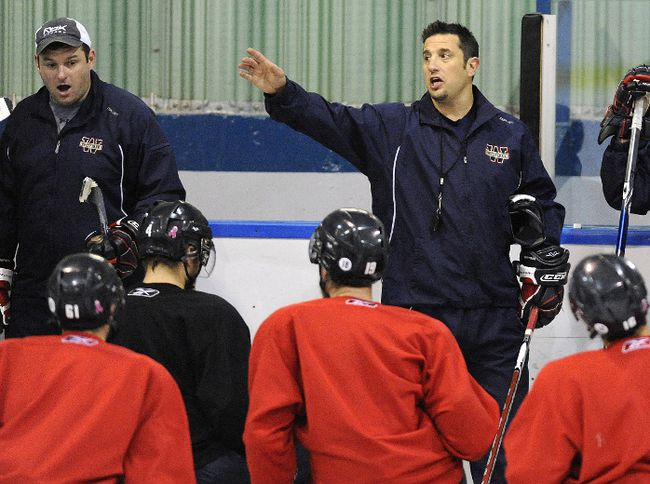 Bob Boughner, seen here coaching the Windsor Spitfires at the 2009 Memorial Cup in Rimouski, Que., has been offered the coaching job of the Florida Panthers. (Postmedia Network/Files)
