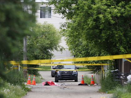 Police called to body found in alley near 118 ave and 50 St.