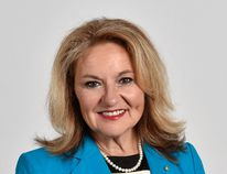 Former mayor Linda Osinchuk has thrown her name back into the municipal election fold.