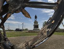 The First World War howitzer in Jubilee Terrace Park, in front of the Brantford armouries, is in need of repairs. (Brian Thompson/The Expositor)