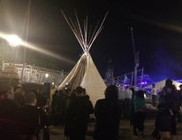 Protesters erect a large teepee on Parliament Hill. (Lauren Malyk/Postmedia Network)