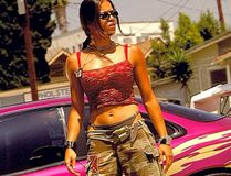 Michelle Rodriguez says she's ready to pull the pin on Fast and the Furious unless female roles are beefed up.