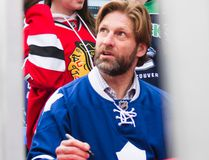 Former NHLer Shayne Corson signs autographs in St. Catharines, Ont., during Rogers Hometown Hockey on Dec. 14, 2014. (Bob Tymczyszyn/St. Catharines Standard)