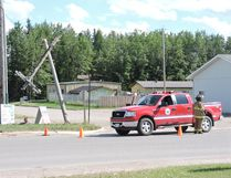A semi trailer truck snapped off a power pole in east Edson near the CN overpass last Tuesday afternoon, just before 5 p.m. causing a brief power outage. (Ed Moore)
