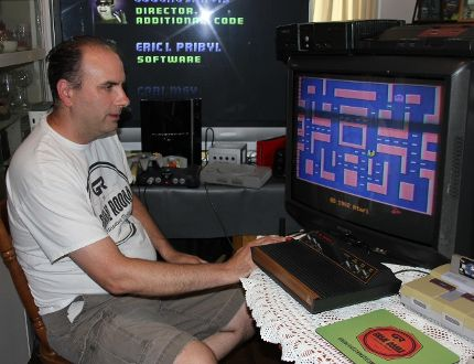 <p>Scott Gardiner plays Pac Man on Friday July 21, 2017 in Cornwall, Ont. Gardiner is planning on opening a games museum in the city showing the progression of not only video games, but gamin in general.</p><p> Lois Ann Baker/Cornwall Standard-Freeholder/Postmedia Network