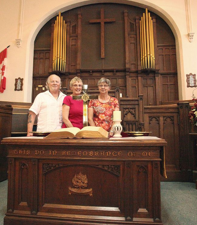 From the left, Reverend of the First Presbyterian Church in Seaforth Dwight Nelson and the church's Dream Team group-Dale Ann McKichan and Pam Soontiens. Absent from the photo is the other Dream Team members, John McKichan and Jim Bannerman. (Shaun Gregory/Huron Expositor)
