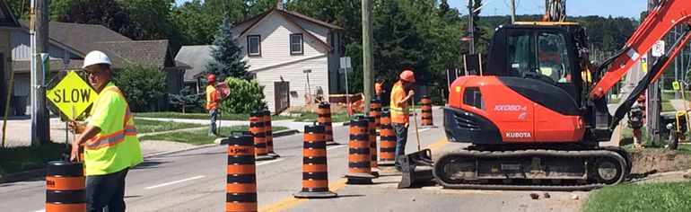 One of Woodstock's busiest intersections is undergoing road reconstruction. (HEATHER RIVERS, Sentinel-Review)
