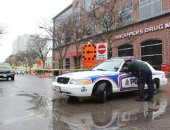 London police had a section of Carling Street near Richmond Street closed off after shots were fired in the area. (DALE CARRUTHERS/THE LONDON FREE PRESS)