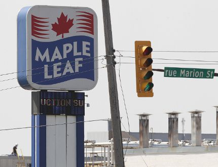 A Maple Leaf Foods facility is seen in Winnipeg, Manitoba on Aug 10, 2012. (Jason Halstead/Winnipeg Sun)
