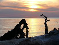 Summer has so far been a wonderful event. Dawn and dusk a study of colour, shadow and contrast as Portage Camera Club photographer John Nielsen aptly portrays with this beautiful and moody portrait of Lake Winnipeg. john nielsen/portage camera club