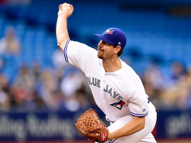 Toronto Blue Jays starting pitcher Nick Tepesch (48) works during third inning American league baseball action against the Tampa Bay Rays, in Toronto on Monday, August 14, 2017. (THE CANADIAN PRESS/Frank Gunn)