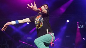 "Winner American Matt ""Airistotle"" Burns, performs during the final of the Air Guitar World Championships in Oulu, Finland, Friday, Aug. 25, 2017.  (Eeva Rihel/Lehtikuva via AP)"