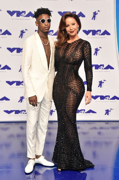21 Savage (L) and Amber Rose attend the 2017 MTV Video Music Awards at The Forum on August 27, 2017 in Inglewood, California.  (Photo by Frazer Harrison/Getty Images)