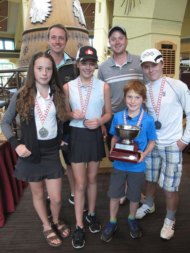 Schools out tournament winners, left to right, Norah Andronyk, Elouise Nolin, Samuel Maggee-Dumoulin and William Chisholm with junior instructors Adam Chivers (left) abd John Guenther (right) at the awards day for the Banff Springs Golf Club junior program at the end of the 2017 season (Supplied)