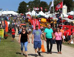 Canada's Outdoor Farm Show north of Woodstock. (MIKE HENSEN, The London Free Press)