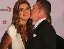 Actor Alan Thicke kisses his wife Tanya Callau as the newest inductees to Canada's Walk of Fame were unveiled in Toronto on Sept. 21, 2013. (Jack Boland/Postmedia Network/Files)