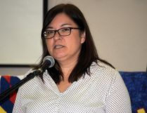 Anita Crate, northern co-chair of Manitoba First Nations Diabetes Leadership Council and Keewatin Tribal Council's tribal nursing officer, speaking at the Keeshkeemaquah Conference and Gaming Centre Tuesday morning. (Brian Oliver/The Graphic)