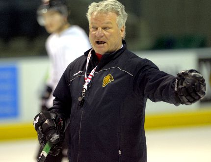 London Knights co-owner and coach Dale Hunter (Free Press file photo)