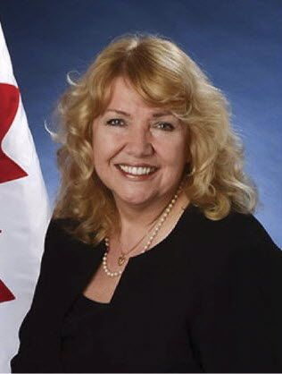 Tory senator Lynn Beyak loses committee jobs, keeps caucus spot after controversial letter