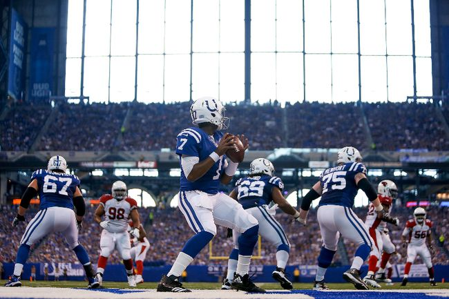 Jacoby Brissett of the Indianapolis Colts looks to pass against the Arizona Cardinals during the first half at Lucas Oil Stadium on Sept. 17, 2017. (Michael Reaves/Getty Images)