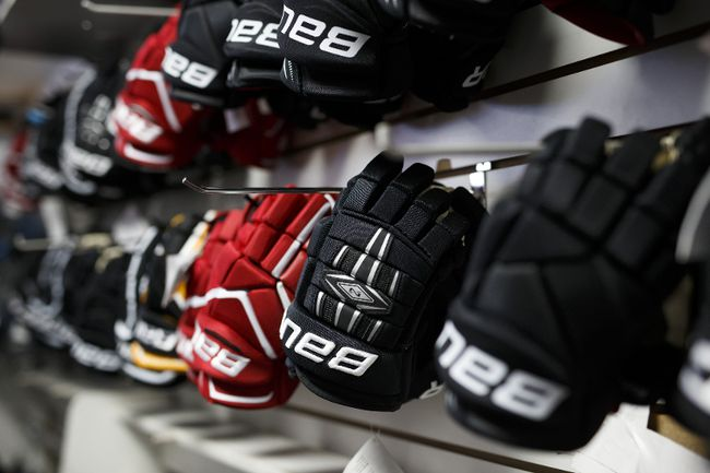 Hockey gloves (Cole Burston/Bloomberg)