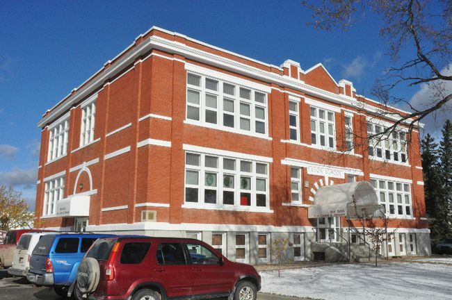 The Red Brick Arts Centre and Museum will be the site to all thee public forums on Oct. 10, 11 and 12. (File photo)
