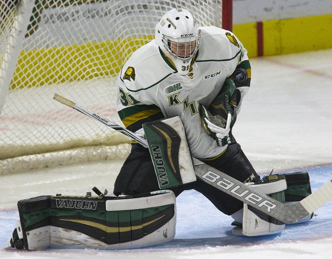 London Knights goal Jordan Kooy makes a save during the first period of their OHL hockey game against the Kingston Frontenac at Budweiser Gardens in London, Ont. on Friday September 29, 2017. (DEREK RUTTAN, The London Free Press)