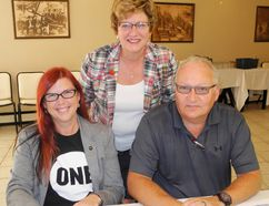 Haldimand-Norfolk MP Diane Finley, centre, played host to a business round-table at the Erie Beach Hotel in Port Dover Monday. The forum concerned proposed changes to the federal tax code and their potential impact on small business. Among those sitting in were engineer Keith Seguin and his wife Lara of Haldimand County. MONTE SONNENBERG / SIMCOE REFORMER