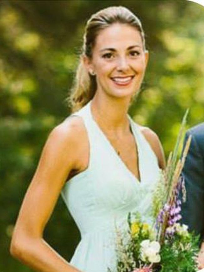 Tara Roe, 34, was a mother of two. She is the fourth Canadian confirmed killed in the Las Vegas massacre and the third from Alberta.