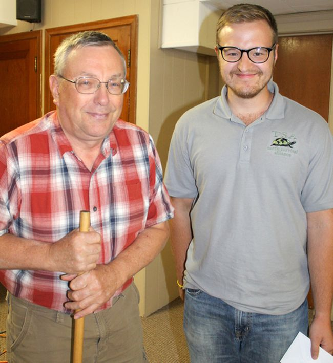 Member and renowned local naturalist Tom Lobb introduces graduate student Damien Mullin at the Sept. 26, 2017 meeting of the Huron Fringe Field Naturalist (HFFN) club.