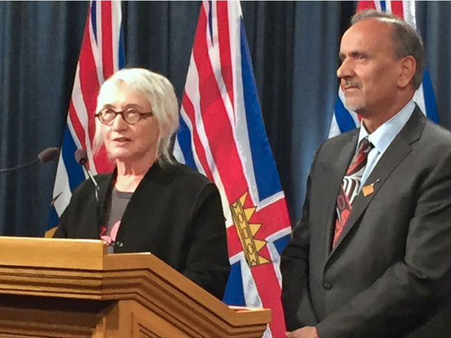 Labour Minister Harry Bains (right) appointed economics professor Marjorie Griffin Cohen (left) as chair of the new Fair Wages Commission, to determine how quickly B.C. will move to a $15 an hour minimum wage. (Rob Shaw/Postmedia Network)