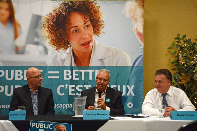 MPP Steve Clark, left, Smokey Thomas, centre, and MP Gord Brown discuss the privatization of public services at a town hall meeting at the Brockville Convention Centre on Tuesday. (SABRINA BEDFORD/The Recorder and Times)