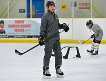 Former Detroit Red Wing forward Jason Williams teaches hockey skills to a group of Junior Knights at Nichols Arena on Thursday October 19, 2017. MORRIS LAMONT/THE LONDON FREE PRESS /POSTMEDIA NETWORK