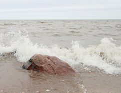 The province has issued a high wind warning for Lake Winnipeg. (Brook Jones/Interlake Publishing/Postmedia Network)
