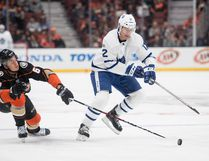 Toronto Maple Leafs centre Patrick Marleau controls the puck as Anaheim Ducks centre Rickard Rakell tries to reach it during the first period of an NHL hockey game Wednesday, Nov. 1, 2017, in Anaheim, Calif. (AP Photo/Kyusung Gong)