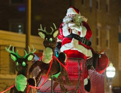 Santa Claus is coming to Brantford on Saturday night. (Brian Thompson/Expositor file photo)