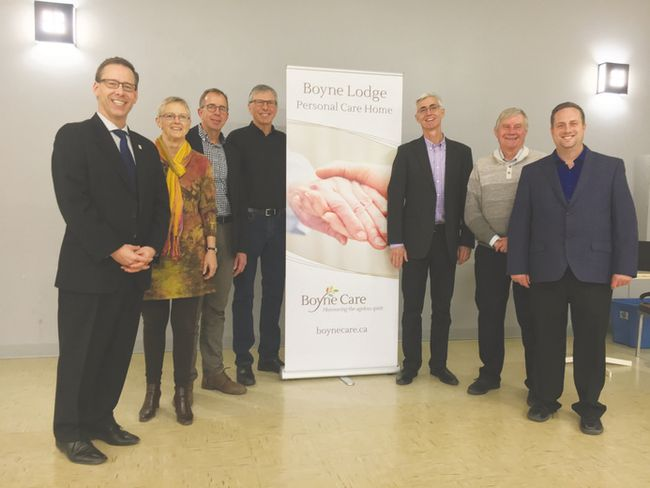 Boyne Care Holdings consultant Gordon Daman and members Linda MacNair, Les Vanderveen, Kelvin Smith, Brent VanKoughnet, Carman Mayor Bob Mitchell and Tyler King were all at the community meeting in Carman on Nov. 23. (EMILY DISTEFANO)