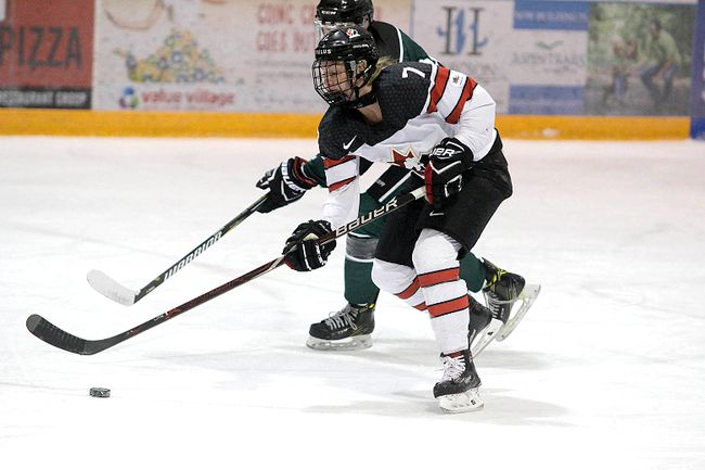 aaa-canadian-hockey-midget-playing-team-womens