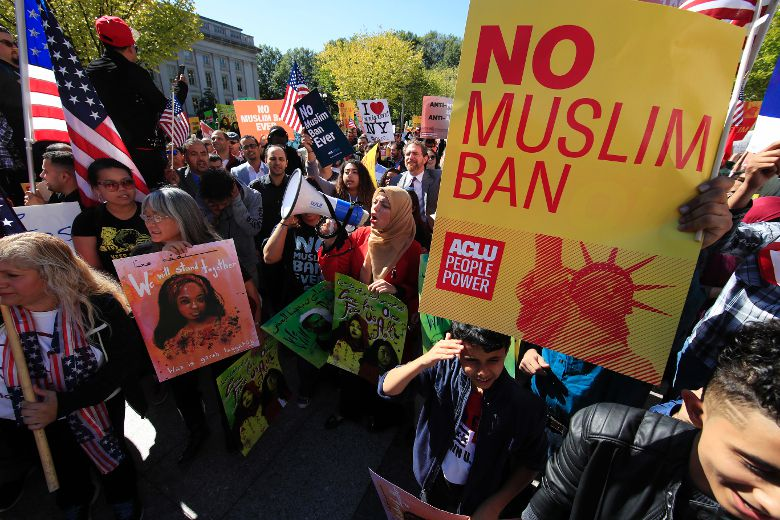 U.S. Supreme Court gives thumbs up to Trump travel ban