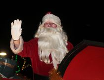 KEVIN RUSHWORTH HIGH RIVER TIMES/POSTMEDIA NETWORK. High River's Santa Claus Parade and Light Up George Lane Park initiative brought thousands of people to the downtown core on Dec. 1.