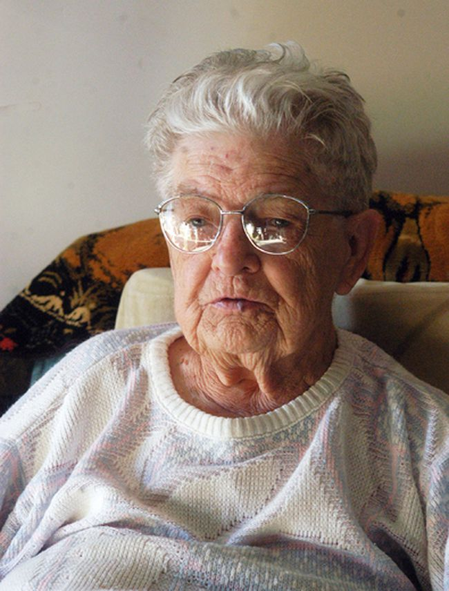 Wallaceburg's Mary Doherty, 96, is disputing with her landlord about a bill to rid her apartment from bed bugs. The property owner says she must pay $495 or possibly be evicted. (David Gough/Postmedia Network)
