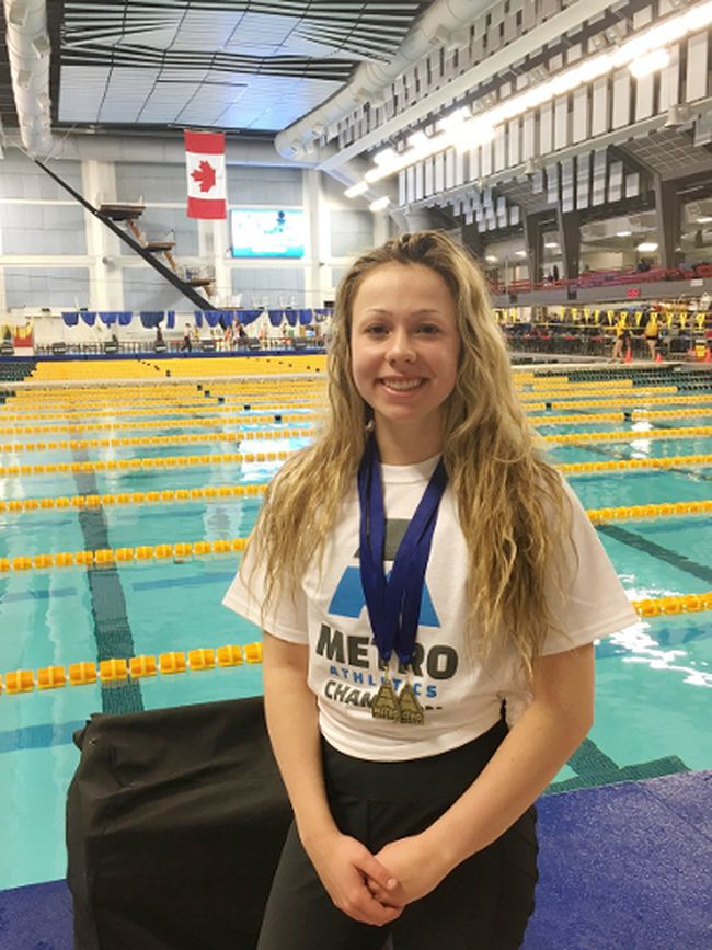 Fort Saskatchewan swimmer and Grade 11 Vimy Ridge Academy student Lindy Justice swam to victory at the Dec.13 Metro's City Championships at the Edmonton Kinsmen Aquatics Centre. She took two gold in the 50 and 100 metre freestyles and broke the record for the Grade 11 female 50 metre swim.
