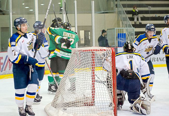 The Terriers downed the Blues in Winnipeg in the team's final game before Christmas. (Heather Jordan photography)