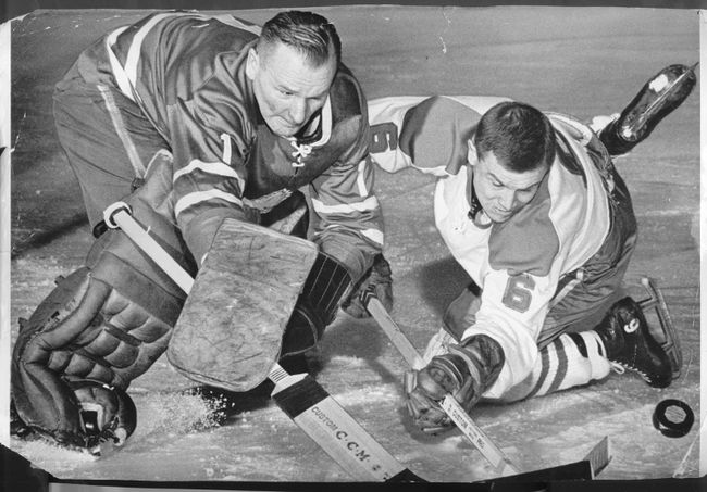 An anxious Johnny Bower moves out to beat Montreal Canadiens Ralph Backstrom. (Postmedia File Photo)
