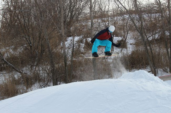 <p>Ryan Lalonde goes airborne in the terrain park at Big Ben Ski Centre on Friday December 29, 2017, in Cornwall, Ont. </p><p>