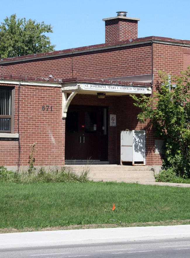 St. Joseph and St. Mary Catholic School at 671 Brock St. in Kingston. (Steph Crosier/Whig-Standard file photo)