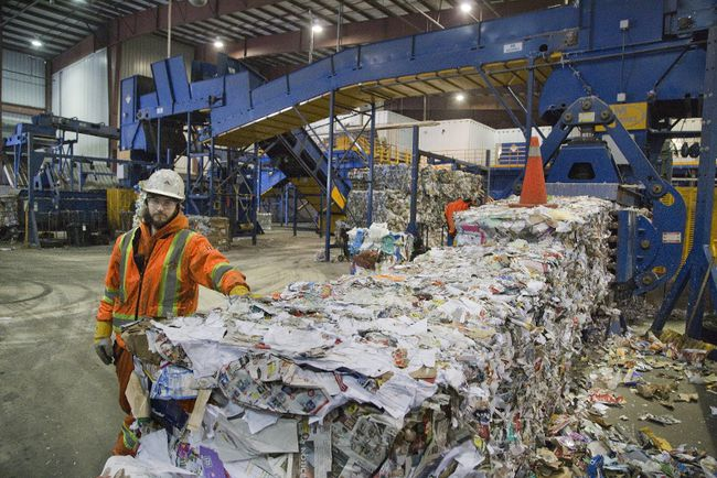 Miller Waste Systems Inc. which sorts recyclables in London. (DEREK RUTTAN, The London Free Press)
