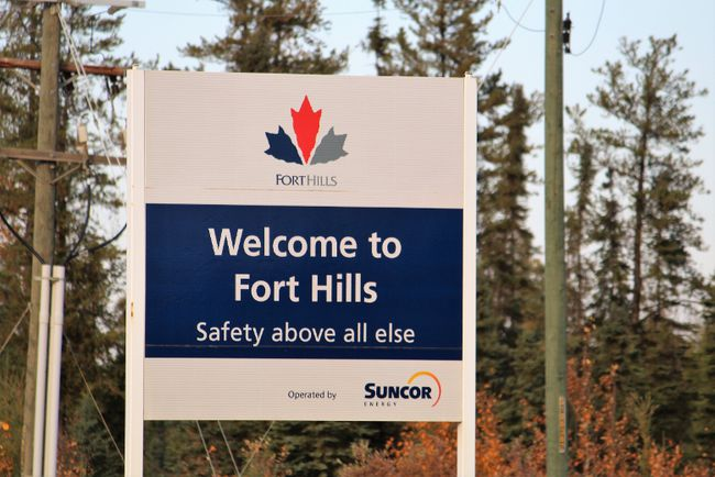 The entrance to the Fort Hills mining site seen from Highway 63, located north of Fort McMurray, Alta. on Saturday September 30, 2017. Vincent McDermott/Fort McMurray Today/Postmedia Network