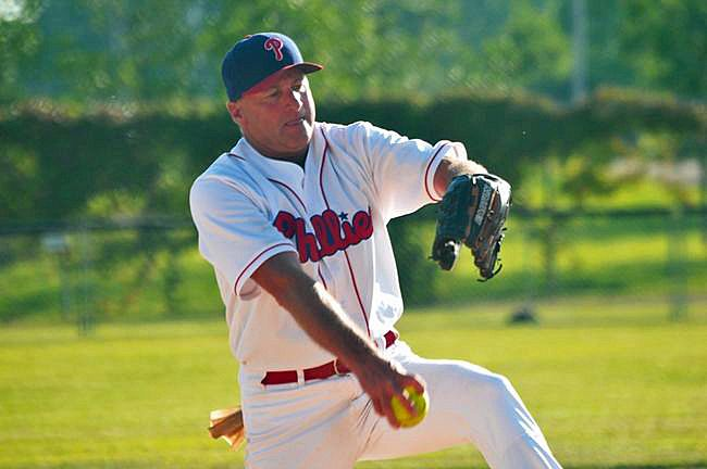 Portage la Prairie's Gregg Waldvogel has been pitching windmill style for 35 years and is now being inducted into the Manitoba Softball Hall of Fame with the Class of 2018. (file photo)